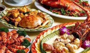 Dining in Dubai - Dubai Travel Guide